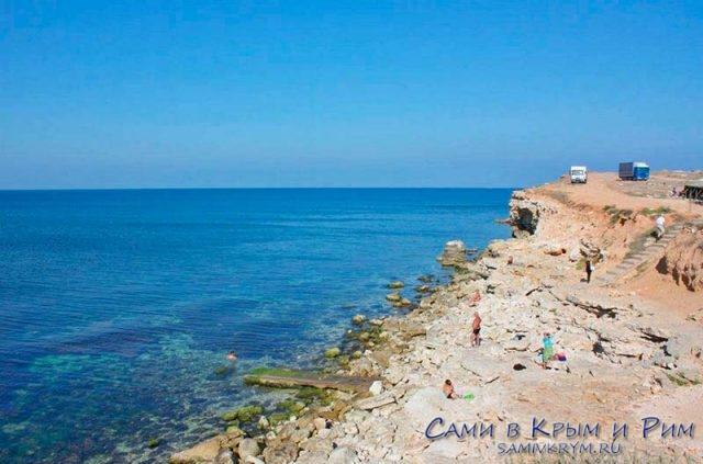 Пляж в Дикой Казачку у ст Риф-2