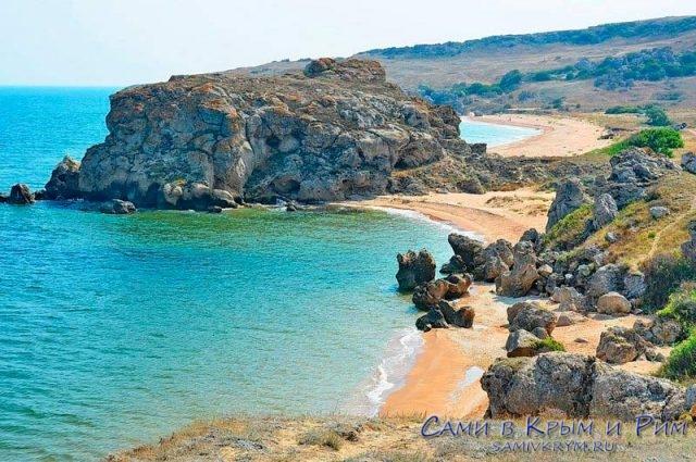 Безлюдные-пляжи-Азовского-побережья