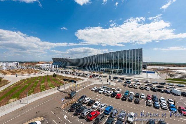 Новый-терминал-Симферопольского-аэропорта