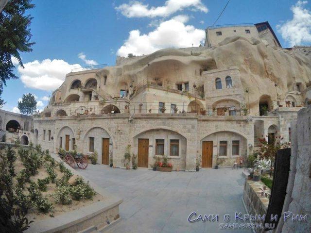 Пещерные отели в Гереме