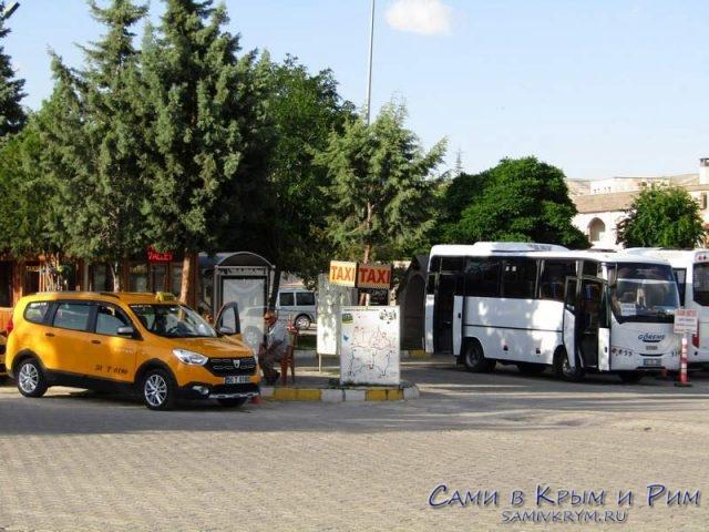 Такси на автовокзале в Гереме