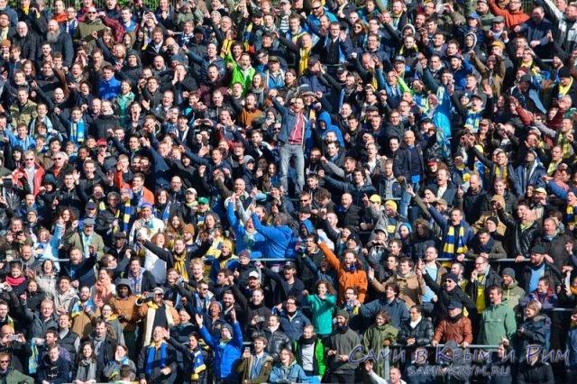 Будь собой оставайся с толпой