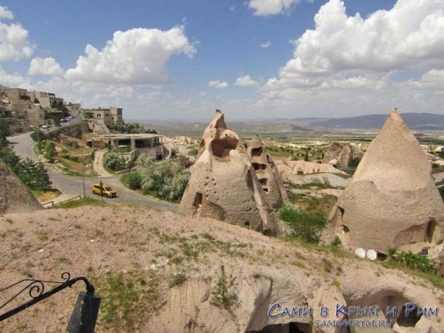 Дорога ведущая от крепости в Гереме