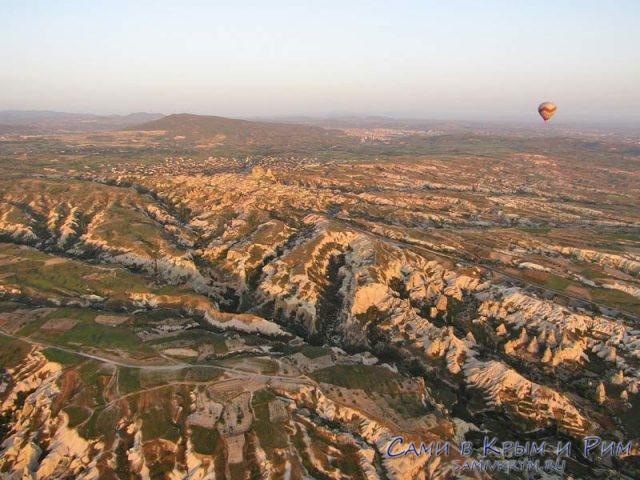 Вид на Голубиную долину из воздушного шара