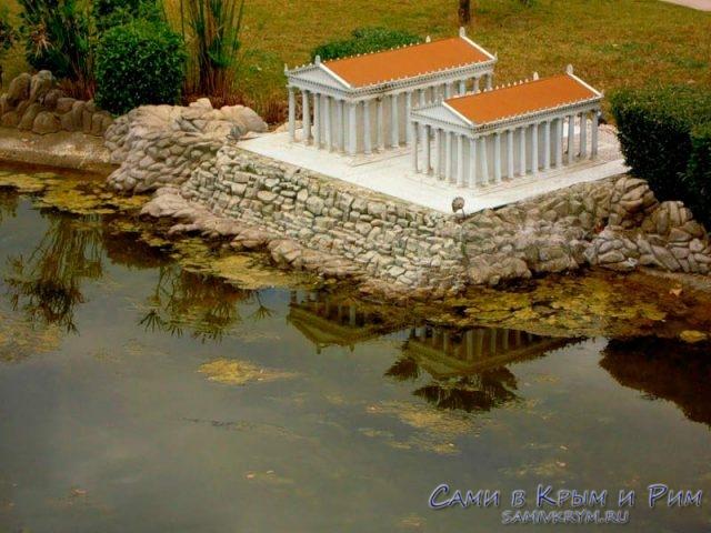 Модели храмов Аполлона и Артемиды