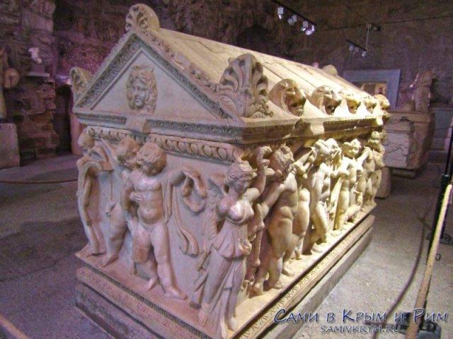 Саркофаг из Музея