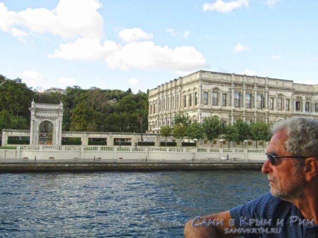 Дворец Долмбахче и колоритный грек