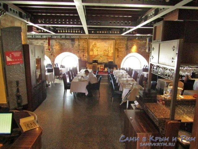 Ресторан в средневековом стиле