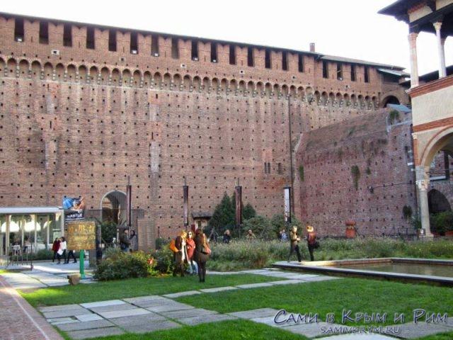 Оборонительные стены крепости