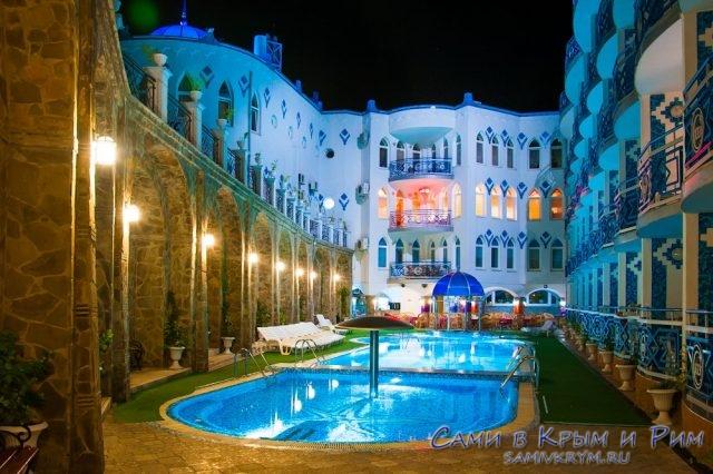 Сколько стоит крымская новогодняя ночь: 3 отеля на выбор