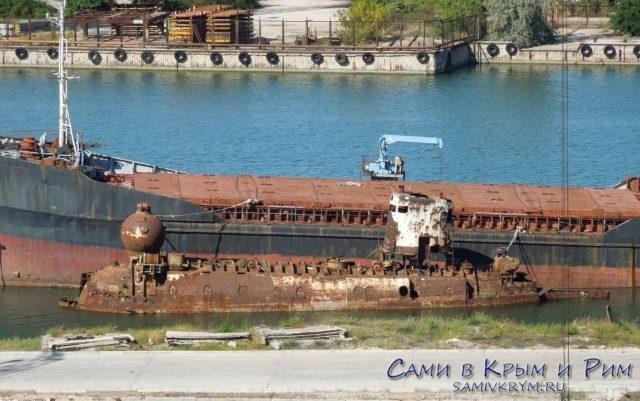 Корабль-призрак восстал из пучины «Бентос-300»