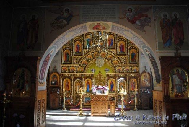 Храм Архистратега Михаила
