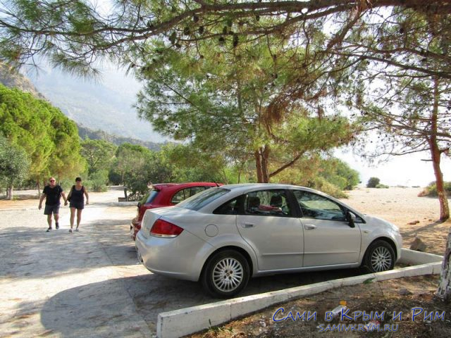 К пляжу на прокатном авто