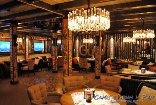 Нижний зал ресторана