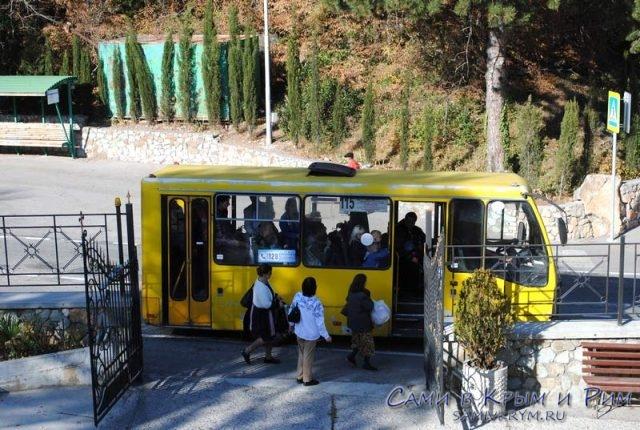 Общественный транспорт на курортах ЮБК