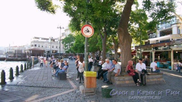 Стамбульские посиделки на набережной