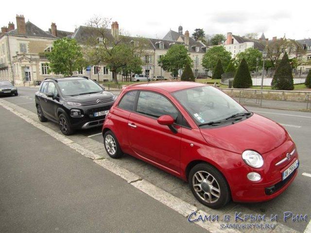 2 варианта прокатных автомобиля во Франции