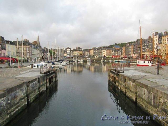 Старая гавань Онфлера