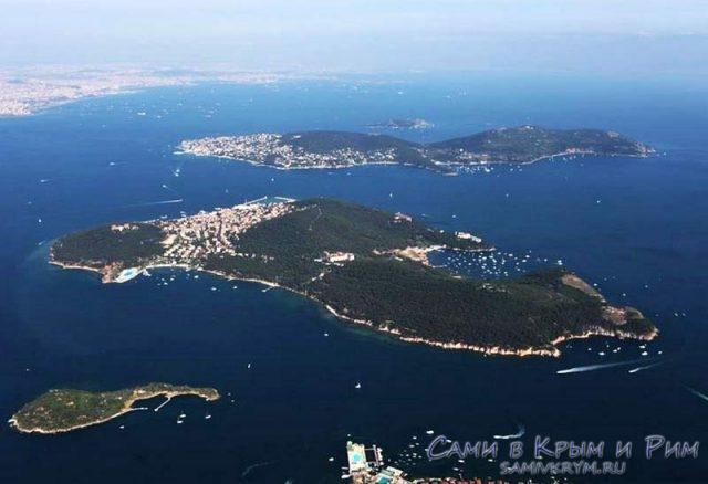 Вид сверху на Принцевы острова