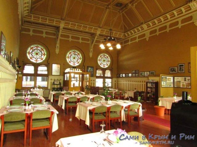 Внутри ресторана Восточный Экспресс