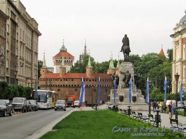Барбакан-на-вход-в-Краков