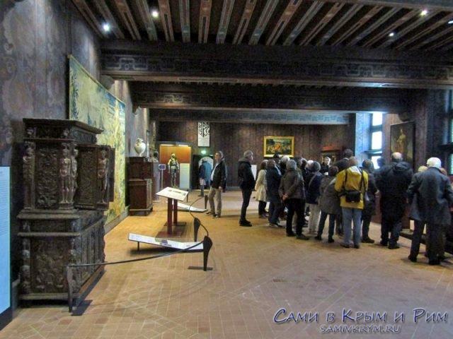 Экскурсия по дворцу Блуа