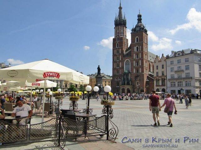 Ратушная площадь Кракова и Мариацкий костел