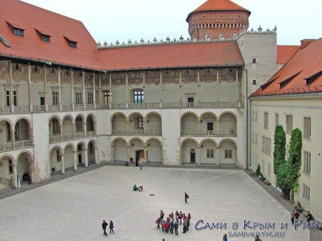 Внутренний-двор-Вавельского-замка