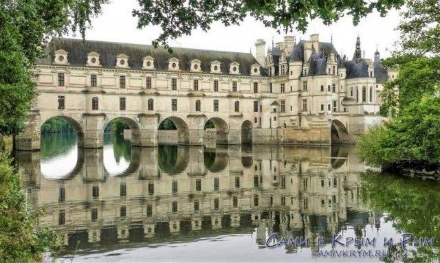 chateau-de-chenonceau на реке Шер