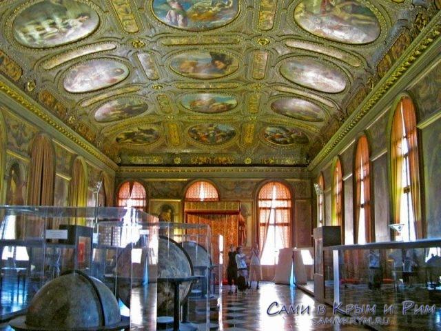Museo-de-Correrros-залы библиотеки