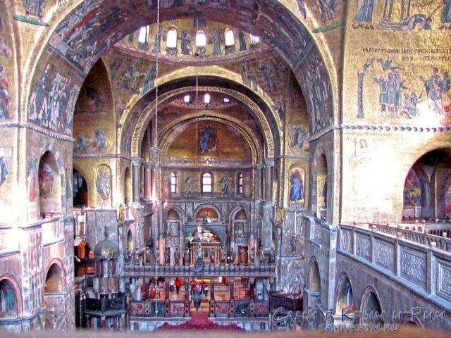 Базилика-Сан-Марко-вид-со-2-го-этажа