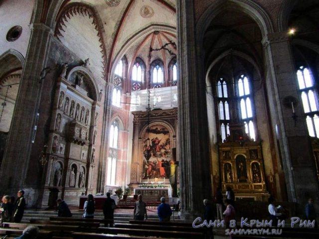 Базилика-Святой-Марии-де-Фрари
