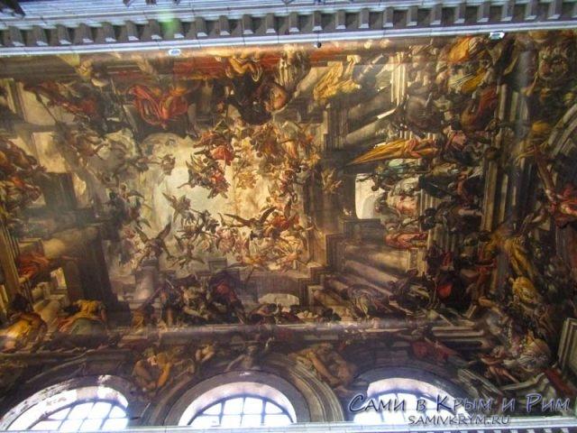 Потолочная-фреска-в-Святом-Пантелеймоне