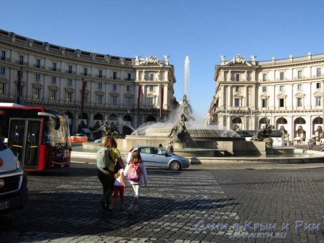 Небезопасный-пешеходный-переход-в-Риме
