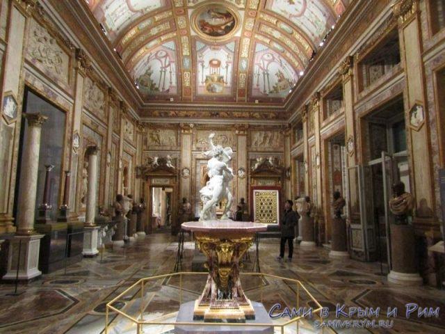 Зал скульптур Бернини