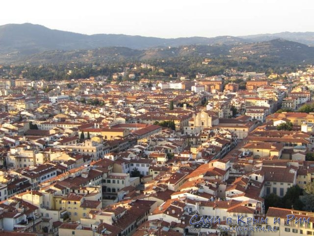 Шикарный-вид-на-Флоренцию-с-купола-Дуомо