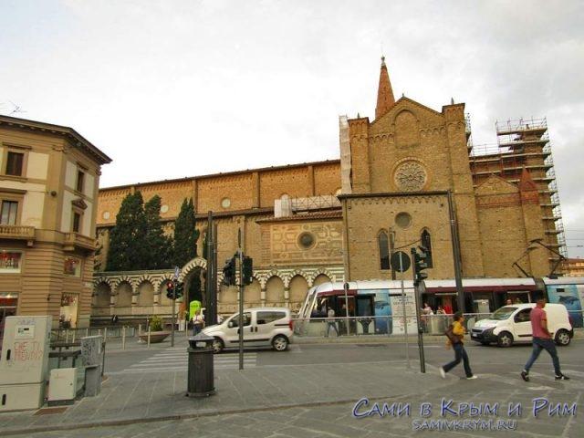 Трамвай на улицах Флоренции