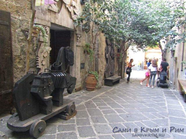 Улица Микеланджело