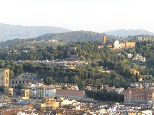 Вид с купола на Пьяццале Микеланджело