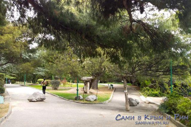 Дорожками Мисхорского парка