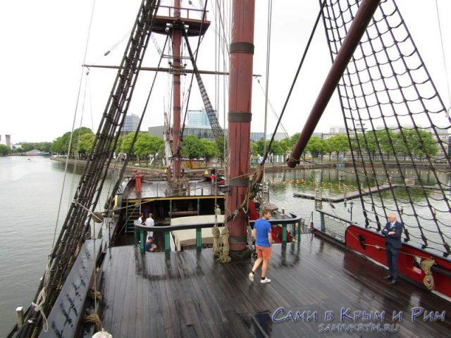 Средневековое-судно