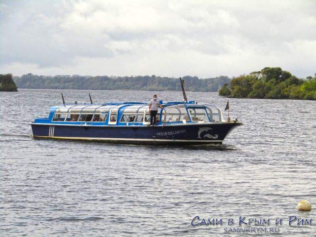 Прогулки на лодках по озеру Лох Лэйн