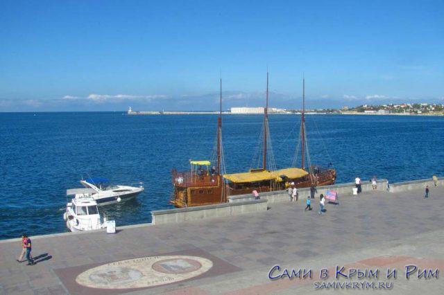 Морские-прогулки-катера