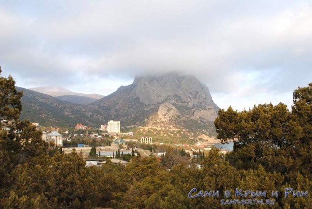 Новый Свет и гора Сокол