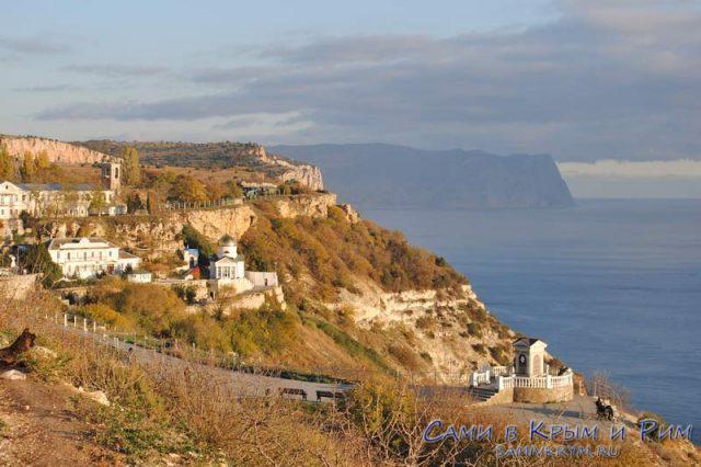 Вид на Геогриевский монастырь