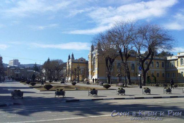 Бульвар-к-Курортному-парку